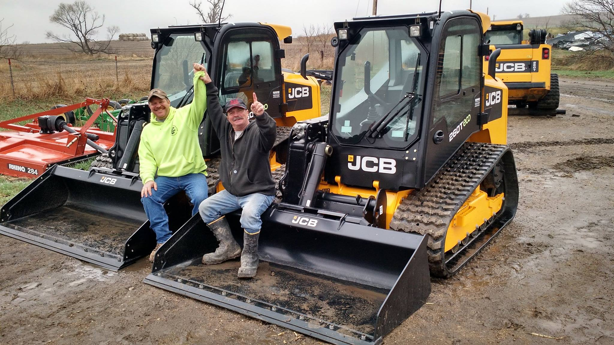 Iowa Farmer Uses Compact Track Loader to Manage the Unexpected